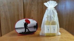 Favors Keepsake boxes 60 ml bottles